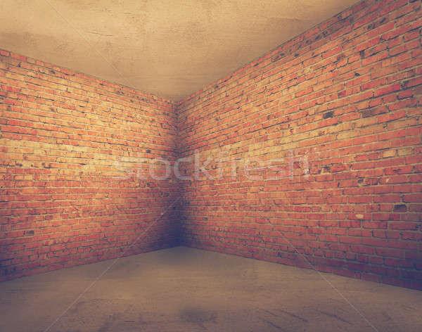 Sarok öreg koszos belső szoba téglafal Stock fotó © Avlntn