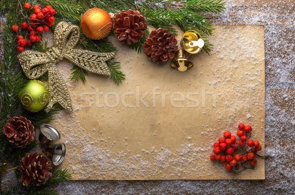 Vacaciones decoración papel nieve verde rama Foto stock © Avlntn