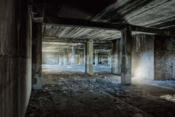 Starych opuszczony budynku wnętrza budowy ściany Zdjęcia stock © Avlntn