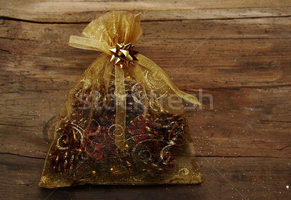 クリスマス 袋 贈り物 木製 壁 冬 ストックフォト © Avlntn