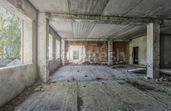Eski terkedilmiş Bina iç inşaat Stok fotoğraf © Avlntn