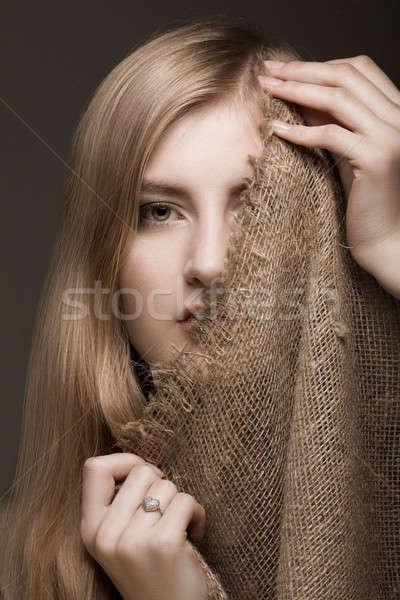 Nő fátyol gyönyörű szőke arc kéz Stock fotó © Avlntn