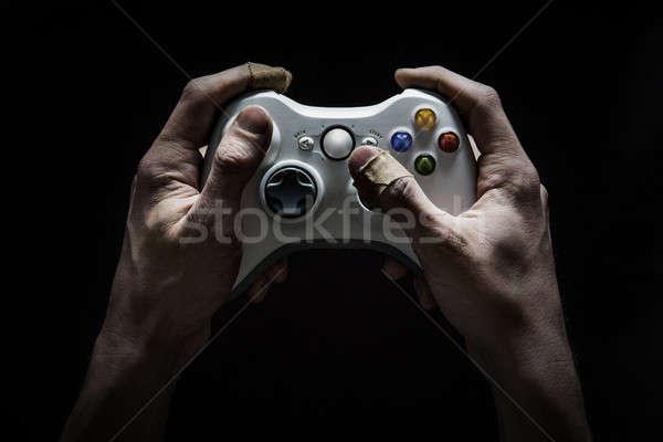 Vidéo dépendance sale endommagé mains Photo stock © axstokes