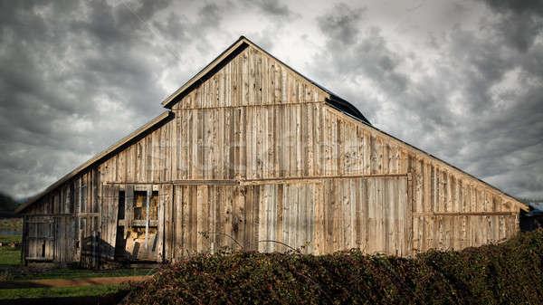 Eski terkedilmiş ahır renkli görüntü manzara ABD Stok fotoğraf © Backyard-Photography