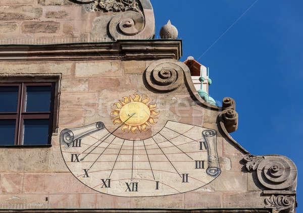 Starych zegar słoneczny szczegół strona słońce zegar Zdjęcia stock © backyardproductions