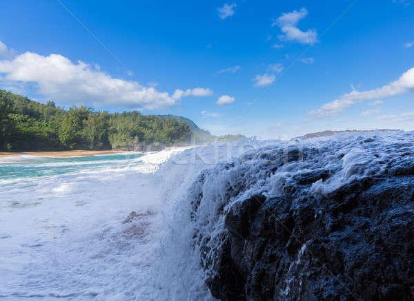 Potente olas rocas playa dramático Foto stock © backyardproductions