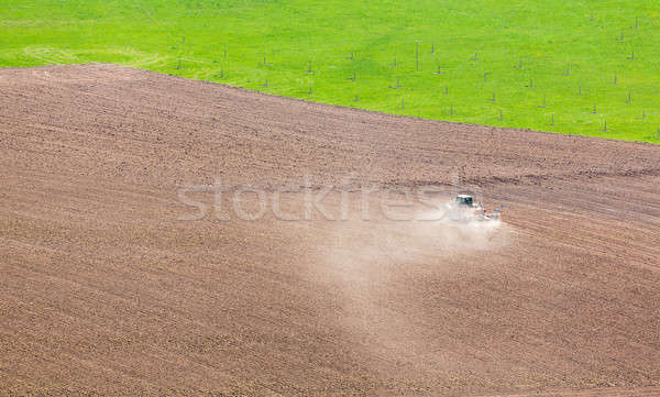 Trator campo Alemanha secar solo Foto stock © backyardproductions