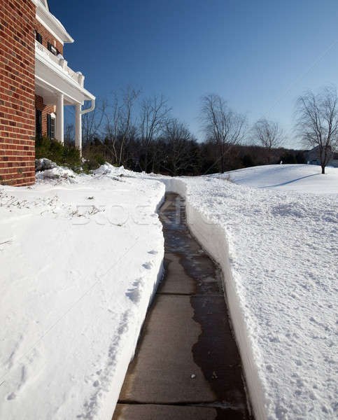 путь современных кирпичных дома Cut глубокий Сток-фото © backyardproductions