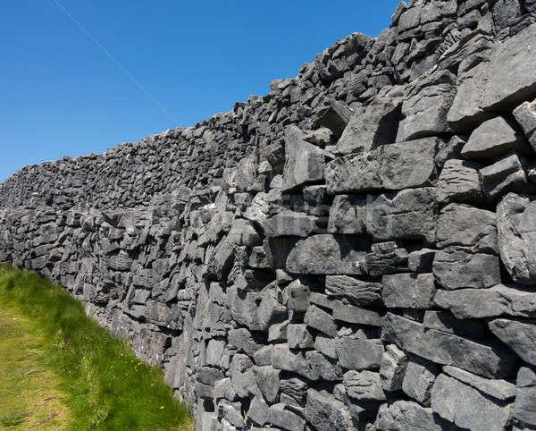 каменной стеной известный несколько Ирландия край Сток-фото © backyardproductions