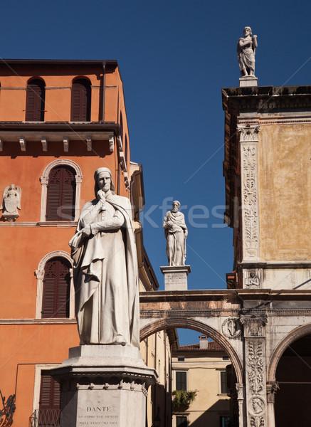 Estátua verona Itália sol verão urbano Foto stock © backyardproductions