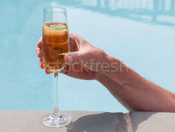 Flauta frío champán mano elegante vidrio Foto stock © backyardproductions