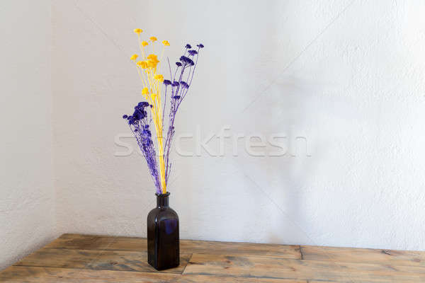 Aszalt virágok kék üveg váza fa Stock fotó © backyardproductions