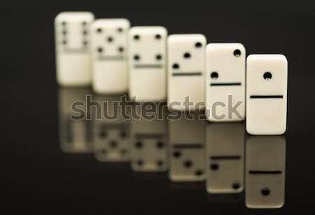Foto stock: Blanco · líder · ganador · dominó