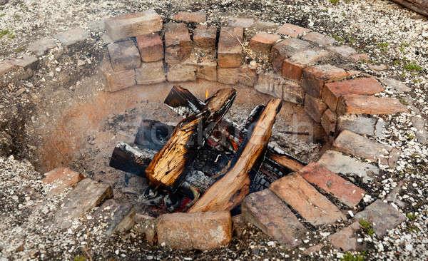 Eski tuğla eski ahşap yangın duman Stok fotoğraf © backyardproductions