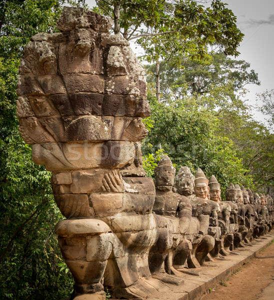 Line ingresso meridionale cancello angkor Foto d'archivio © backyardproductions