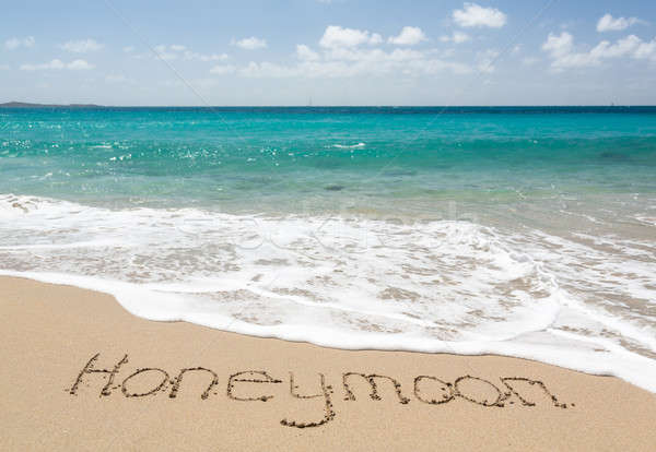 Balayı yazılı kum deniz sörf sözler Stok fotoğraf © backyardproductions