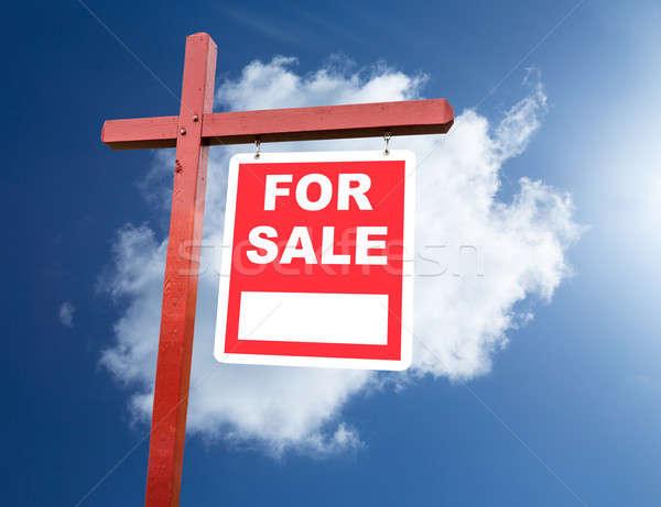 Venda assinar casa blue sky corretor de imóveis casa Foto stock © backyardproductions