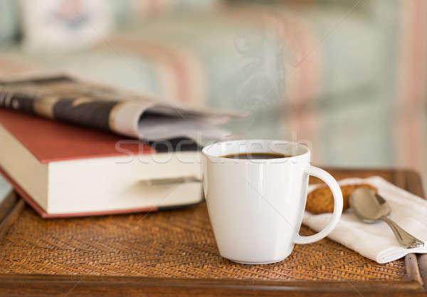 ストックフォト: ブラックコーヒー · 白 · マグ · 木製のテーブル · 現代