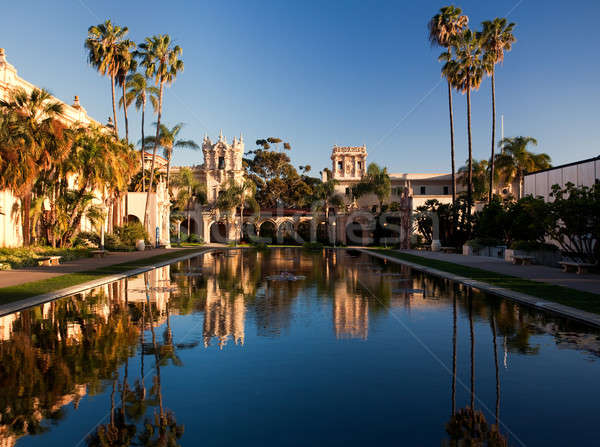 Casa ospitalità tramonto riflessione parco San Diego Foto d'archivio © backyardproductions