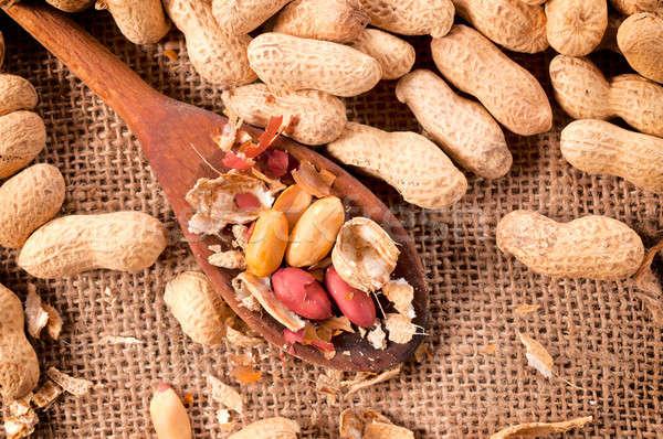 Сток-фото: арахис · сырой · оболочки · ковш