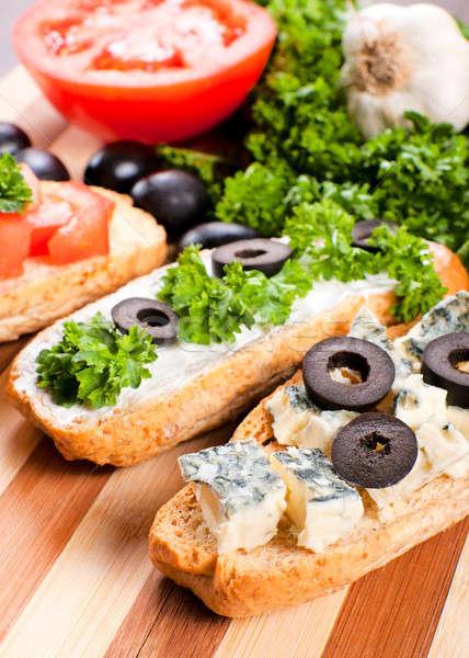 Kék mini szendvics szelektív fókusz márványsajt ital Stock fotó © badmanproduction