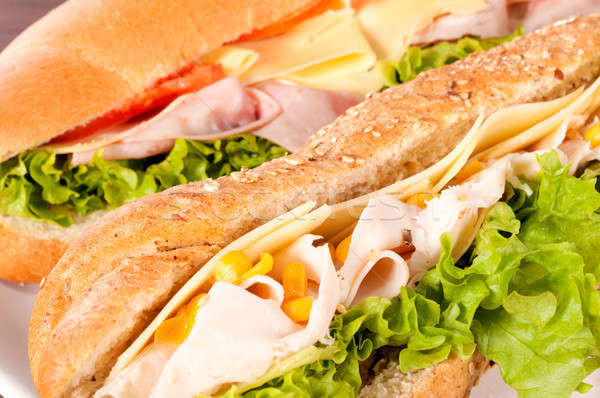Sandviç zaman seçici odak doğru yan ev Stok fotoğraf © badmanproduction