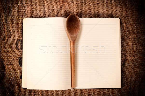 Libro de cocina cucharón papel alimentos madera Foto stock © badmanproduction
