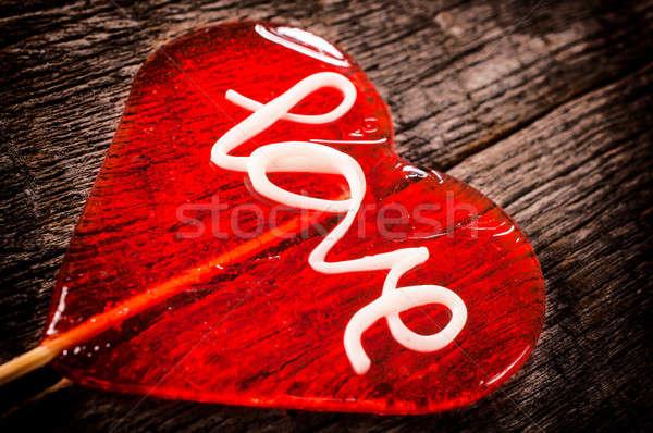 ストックフォト: キャンディー · 開く · 木製のテーブル · 選択フォーカス · 心臓の形態 · 中心