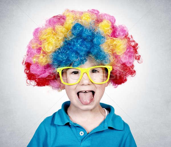 łuk peruka mały chłopca clown Zdjęcia stock © badmanproduction