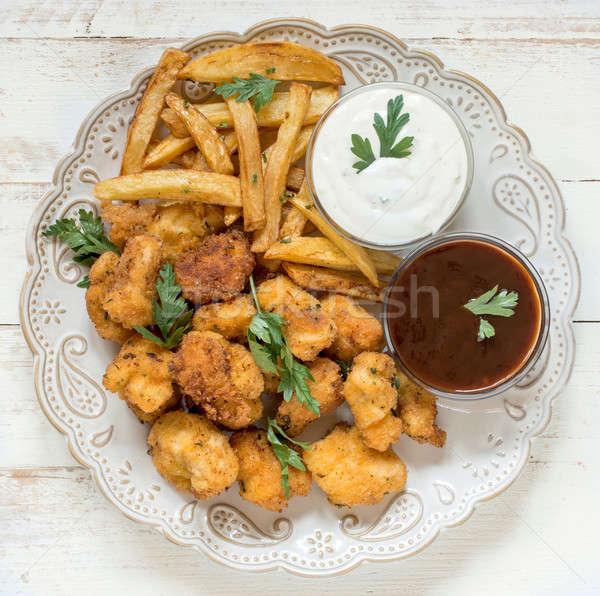 Servido prato comida frango assado restaurante Foto stock © badmanproduction