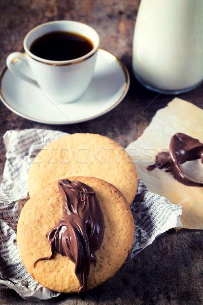 Foto d'archivio: Caffè · cookies · messa · a · fuoco · selettiva · fronte · cookie · cioccolato