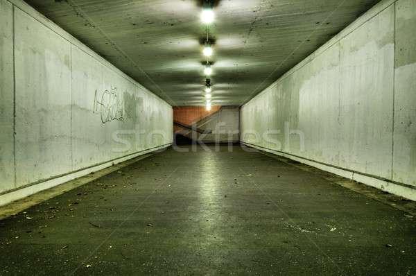 情熱的な トンネル 誰も 道路 市 壁 ストックフォト © badmanproduction