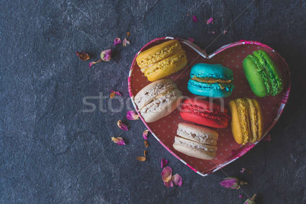 Tatlı ev yapımı kurabiye kalp şekli odak Stok fotoğraf © badmanproduction