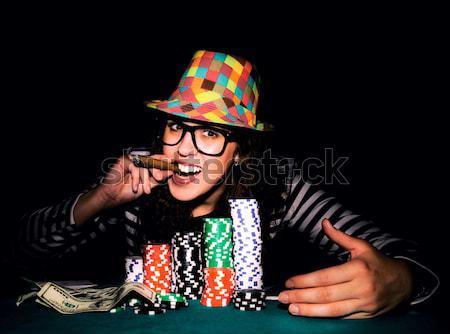 Ganancioso mulher pôquer tabela olhando menina Foto stock © badmanproduction