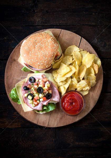 Felszolgált kocsma szendvicsek szendvics aszalt disznóhús Stock fotó © badmanproduction
