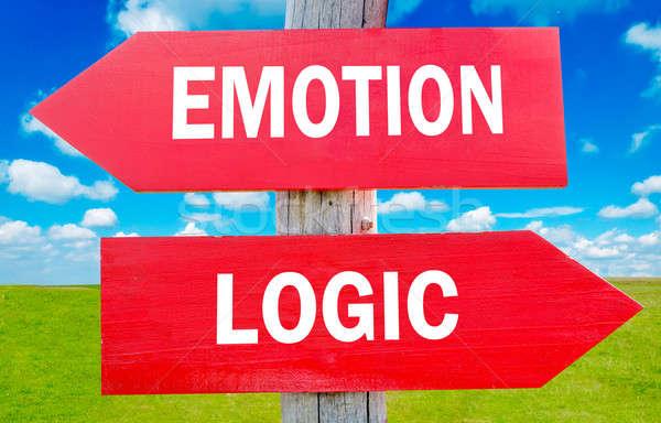 Foto stock: Emoción · lógica · manera · elección · estrategia