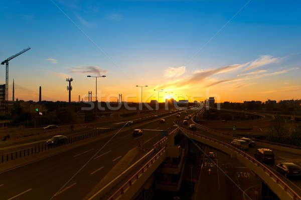 Belgrade crépuscule coucher du soleil autoroute mouvement voitures Photo stock © badmanproduction