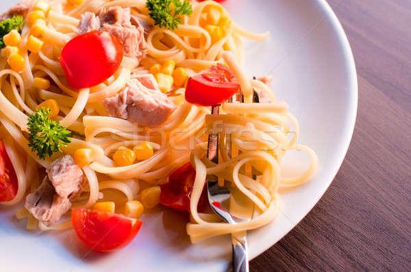 Spagetti ton balığı sebze seçici odak plaka gıda Stok fotoğraf © badmanproduction