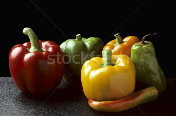 Harang chilipaprika fekete vízszintes étel gyümölcs Stock fotó © Balefire9