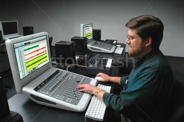 Férfi dolgozik digitális hang tábla zene Stock fotó © Balefire9