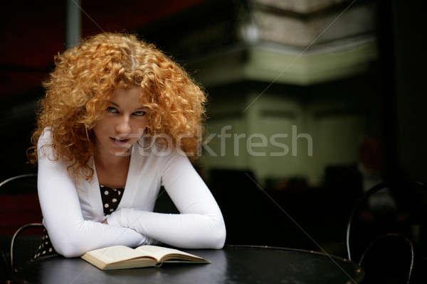 Smart девушки чтение книга глядя Сток-фото © Bananna