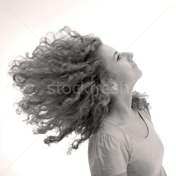 Dziewczyna kręcone włosy około kobieta twarz zabawy Zdjęcia stock © Bananna