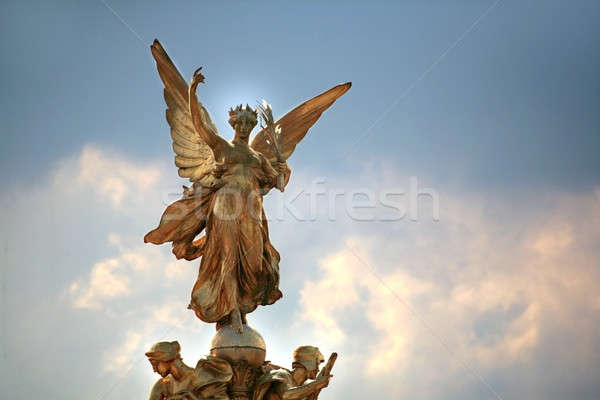 Londres ciel signe liberté ailes ville Photo stock © Bananna