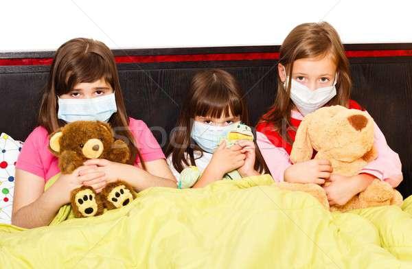 Gripe pré-escolares doente crianças cama Foto stock © barabasa