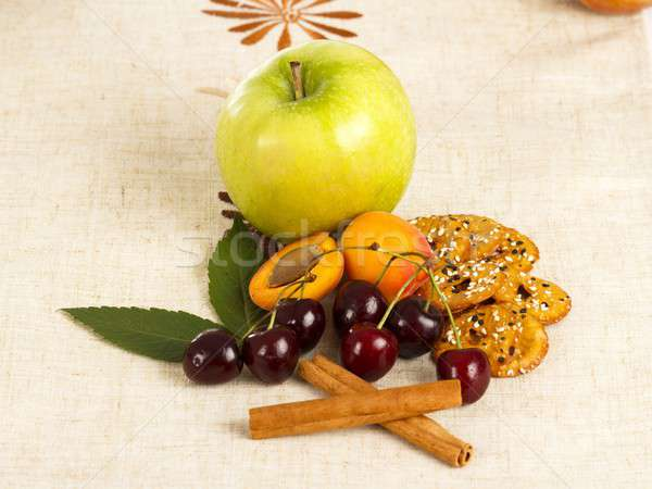 Seizoen- dieet gezonde sappig vruchten voedsel Stockfoto © barabasa