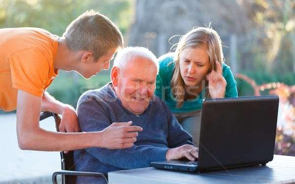Stock fotó: Modern · technológia · öreg · nagyapa · tanul · nő