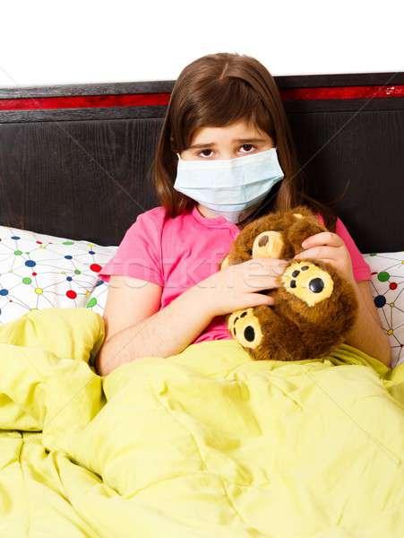Médicaux masque infection petite fille malaise Photo stock © barabasa
