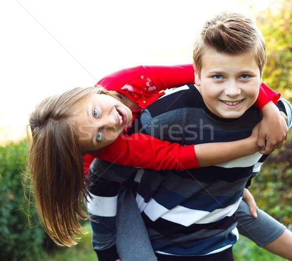 Spelen mijn weinig zus broers en zussen Stockfoto © barabasa