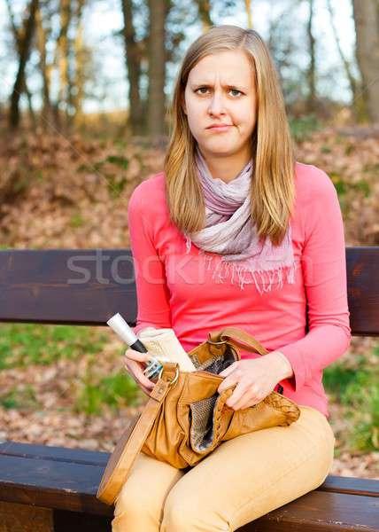Wanorde mijn portemonnee boos mooie vrouw kan Stockfoto © barabasa