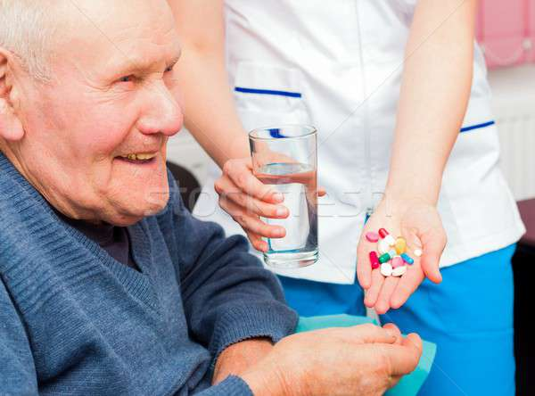 Boldog élő aggkor mosolyog idős férfi Stock fotó © barabasa